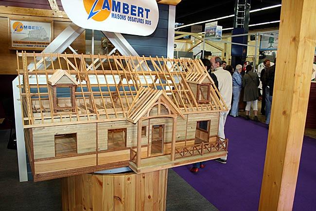 Constructions maison ossature bois architecture for Plan interieur maison en bois